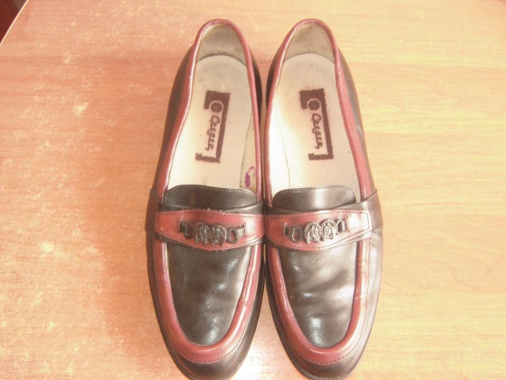 Кожаные туфли в состоянии легкое б у(видно по подошве и стелькам) 16df0a1415f1f